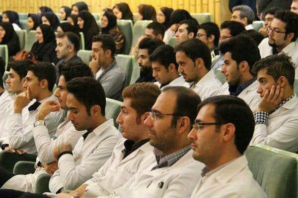 ۳۰بهمن؛ اعلام نتیجه نقل و انتقال دستیاران پزشکی